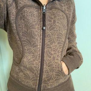 Size 4 LuluLemon Scuba zip-up hoodie